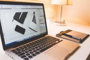 Z pozoru może się wydawać, że praca na komputerze jest jedną z najbardziej komfortowych możliwości wykonywania zawodu