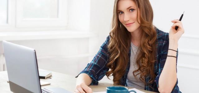 Często zdarza się, że jesteśmy zmuszeni douczestnictwaw spotkaniach online. Dla wielu osób może to być dość wymagające zadanie, tym bardziej, jeśli wcześniej ich korzystanie z komputera polegało na przeglądaniu stron […]